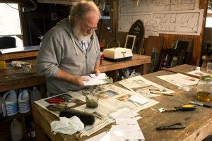 CainInc-235 Wayne Cain Cutting Glass Art Glass