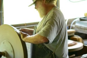 Cain Inc. Wayne Cain Beveling Beveled Glass Leaded Glass Stained Glass Art Glass Henry LANG